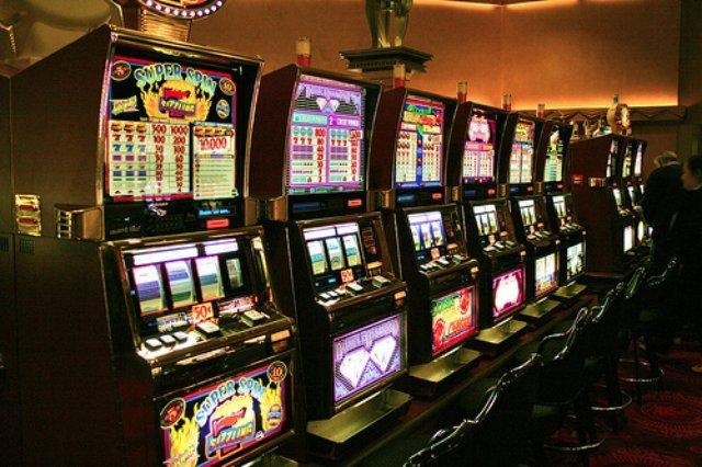 Онлайн-казино Рокс для опытных любителей азартных развлечений и новичков